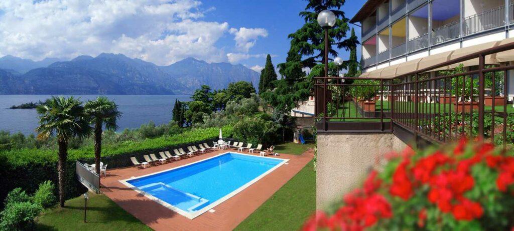Pool in Hotelanlage