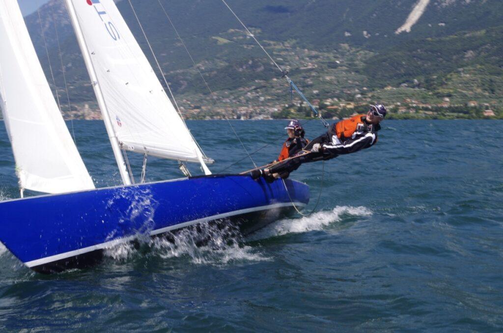Segelboot mit Trapez