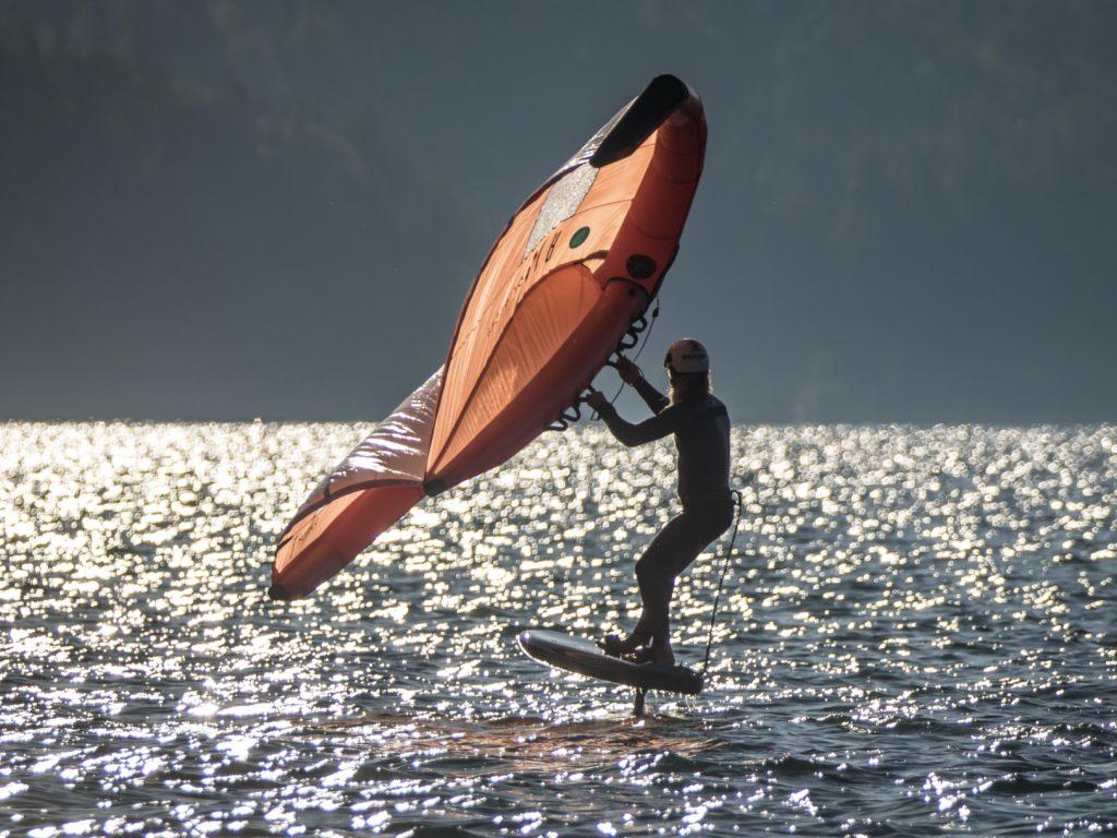 Wingfoiler am Gardasee