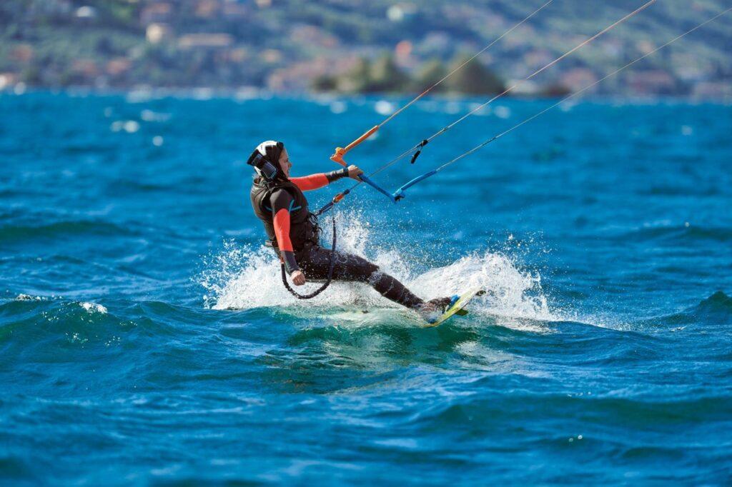 Kitesurfer auf dem Gardasee