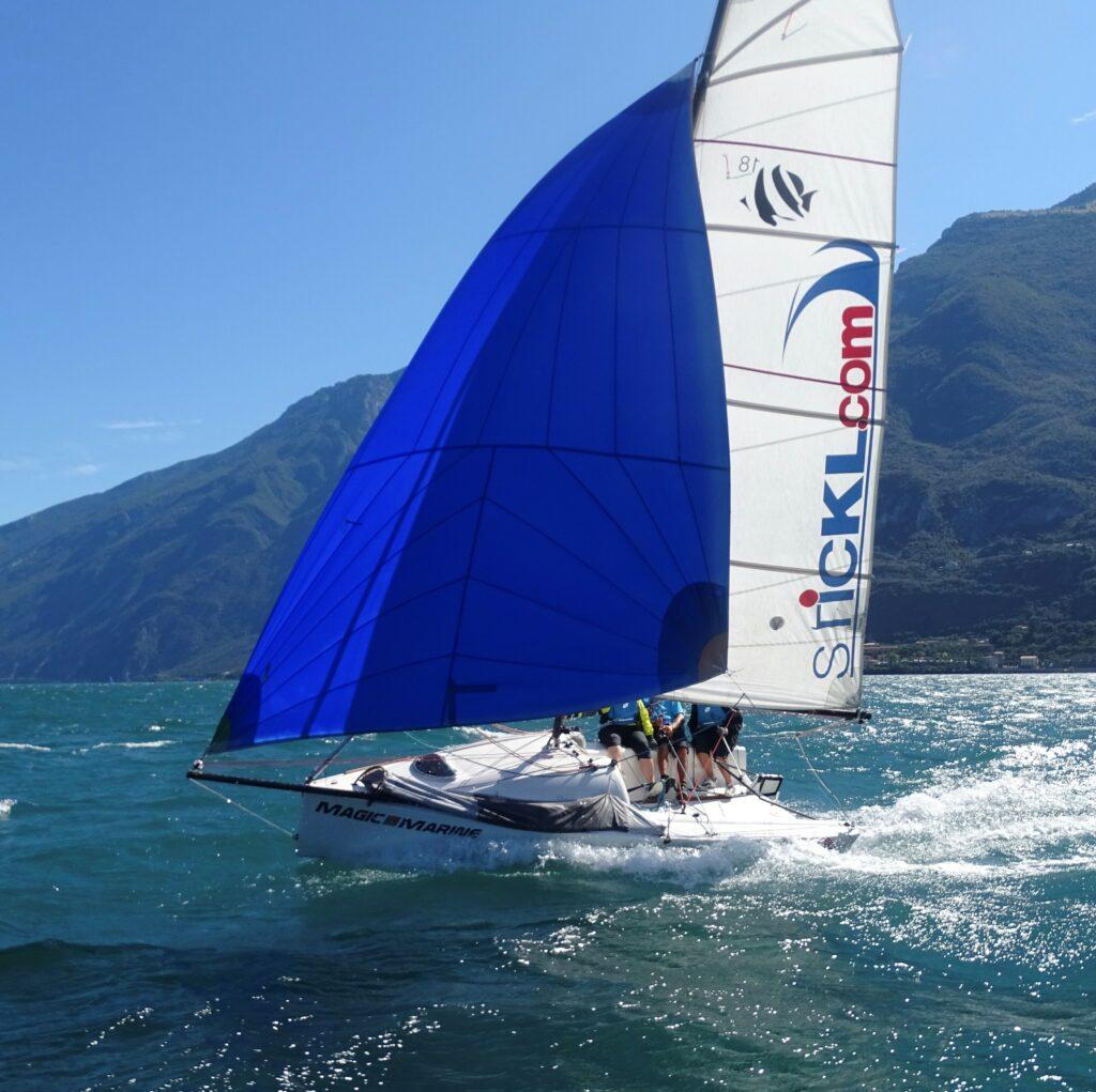 Seascape 18 mit blauem Genacker