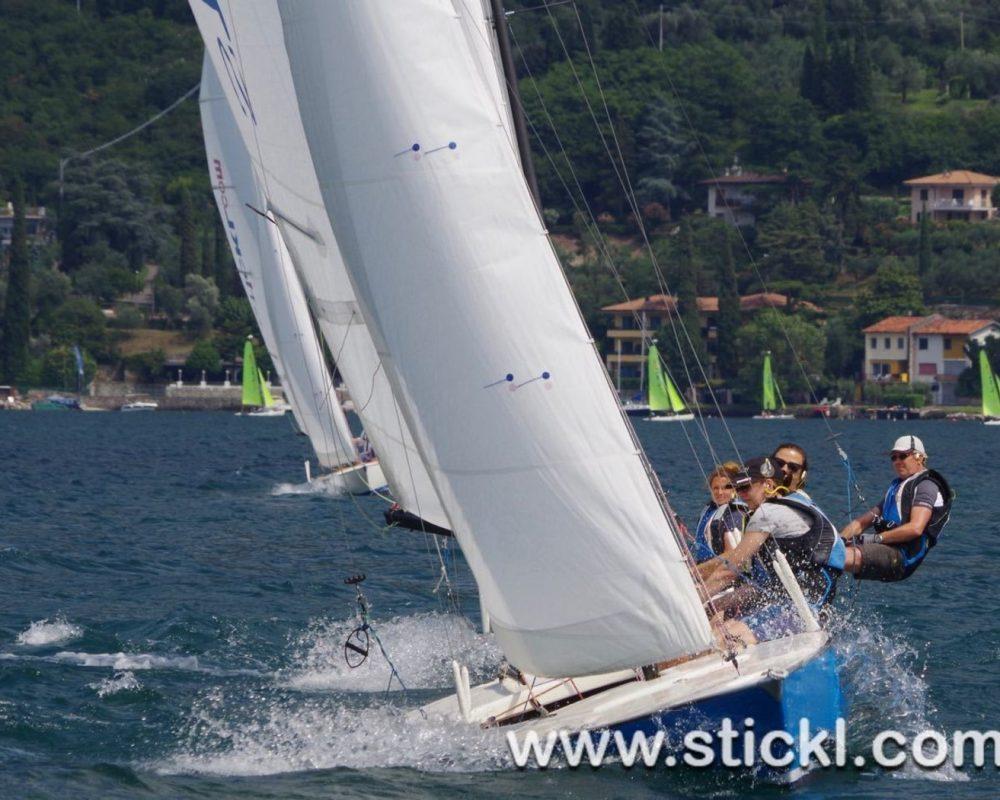 Dyas segeln Formation aus der Bucht